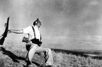 Robert Capa, morte di un soldato