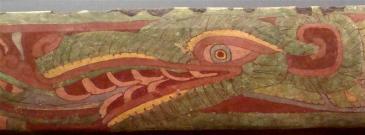Serpente piumato che riversa dalla bocca un fiotto d'acqua 400-650 d.C.